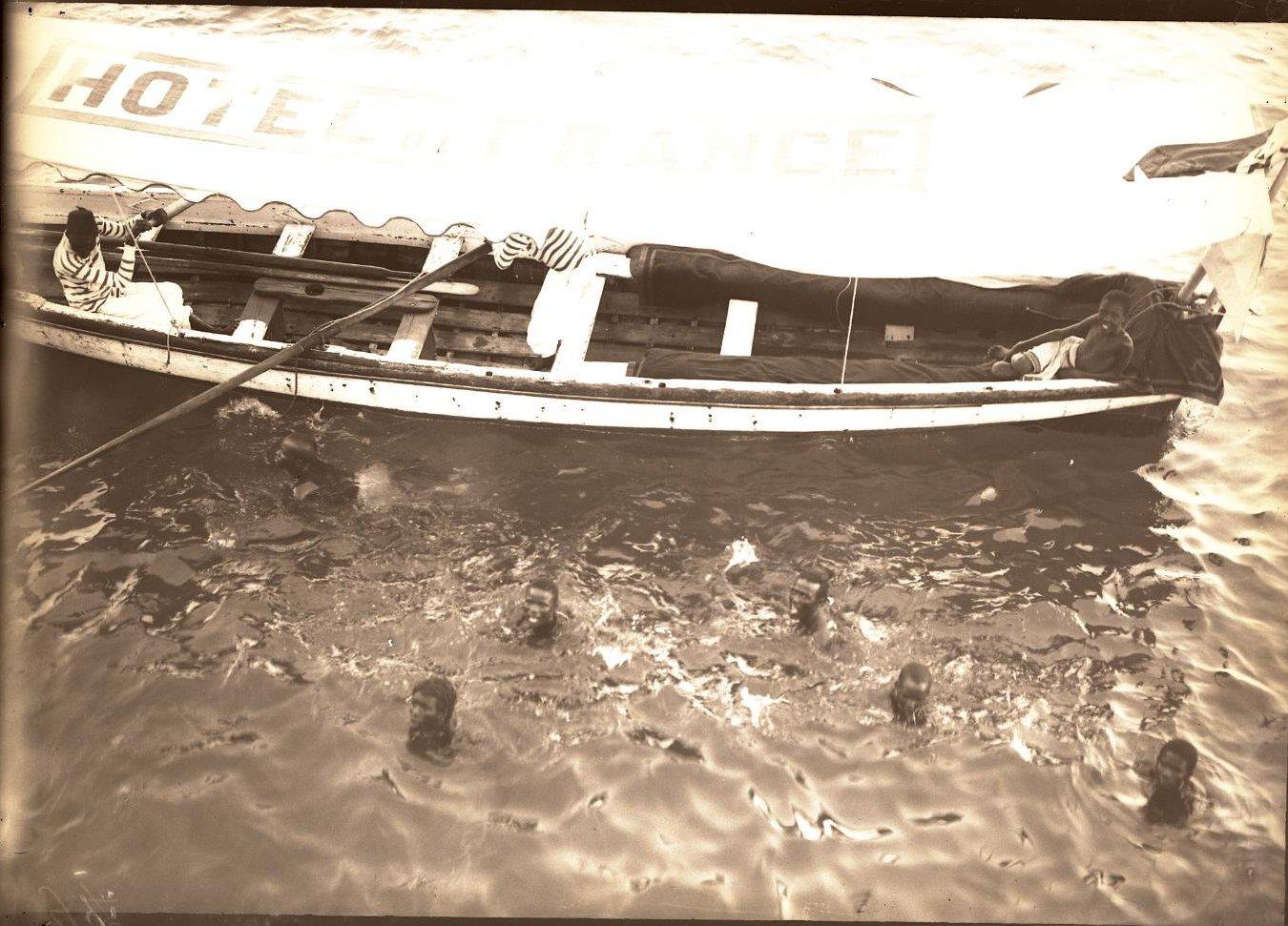 76. Джибути. Ныряющие сомаличата (1)