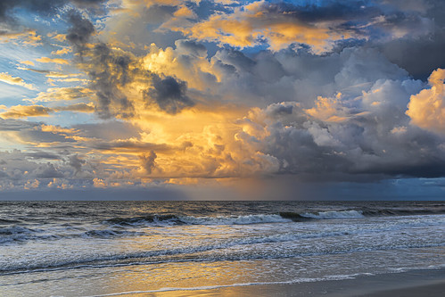 florida jacksonvillebeach sunrise sky clouds ocean shore beach