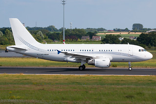 Acropolis Aviation - Airbus A319-115(CJ) - G-NOAH