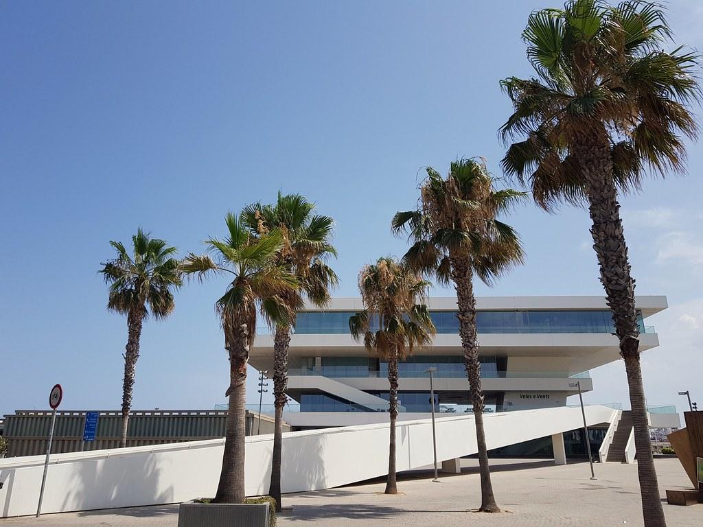 Veles e Vents, port de València.