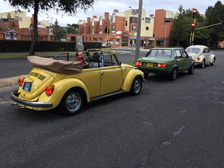 L13K Sunshine Yellow 1973 VW1303 Super Beetle Cabriolet L91D Kansas Beige 1971 VW1302 Super Beetle Automatic  #ByeByeBeetle Volkswagen Club de Colombia Gimnasio Moderno 280719