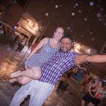 Partie 2 de 2 , parce que sous la pluie, ont peut aussi danser :) Pour plus de plaisir, tag tes amis! :) Photographe mariage? www.marimage.ca Photos corpo? www.racineimagine.com