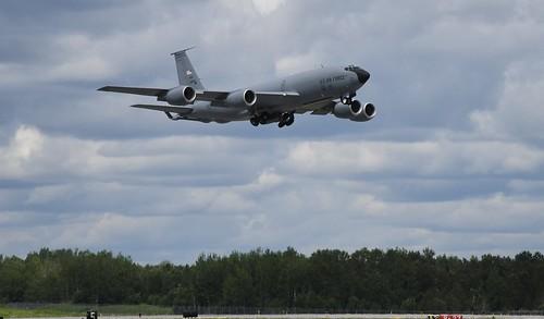 2019 DULUTH Mn (DLH) Airshow     KC 135 Stratotanker