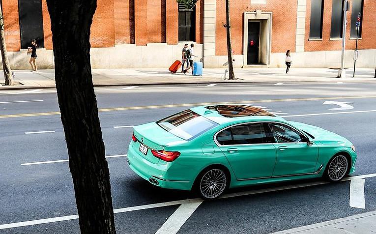 85fefb7d-alpina-b7-mint-green-3