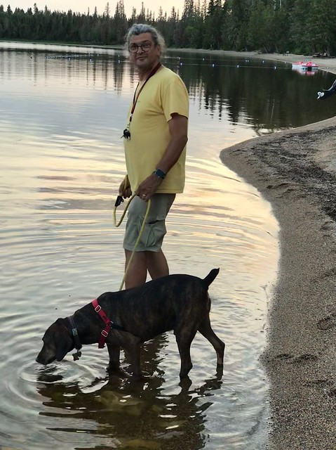 Fushimi Lake Provincial Park - Pierre and Hector in the lake