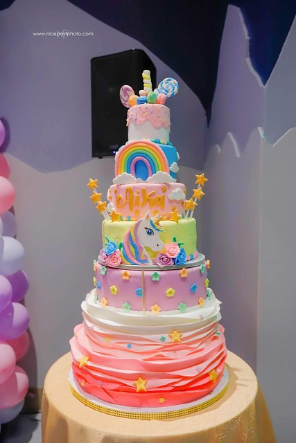 Cake by Jannette Gonzales of Cakes by Sweet Gonz