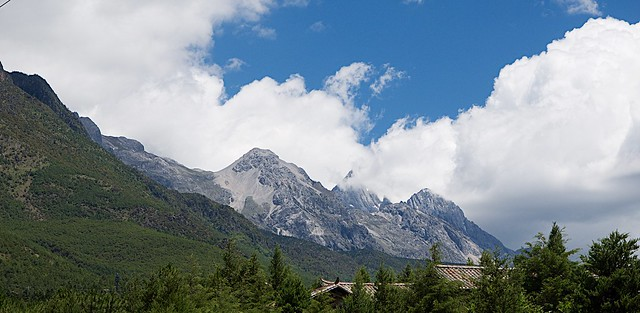 Jade Snow Mountain: Lijiang China