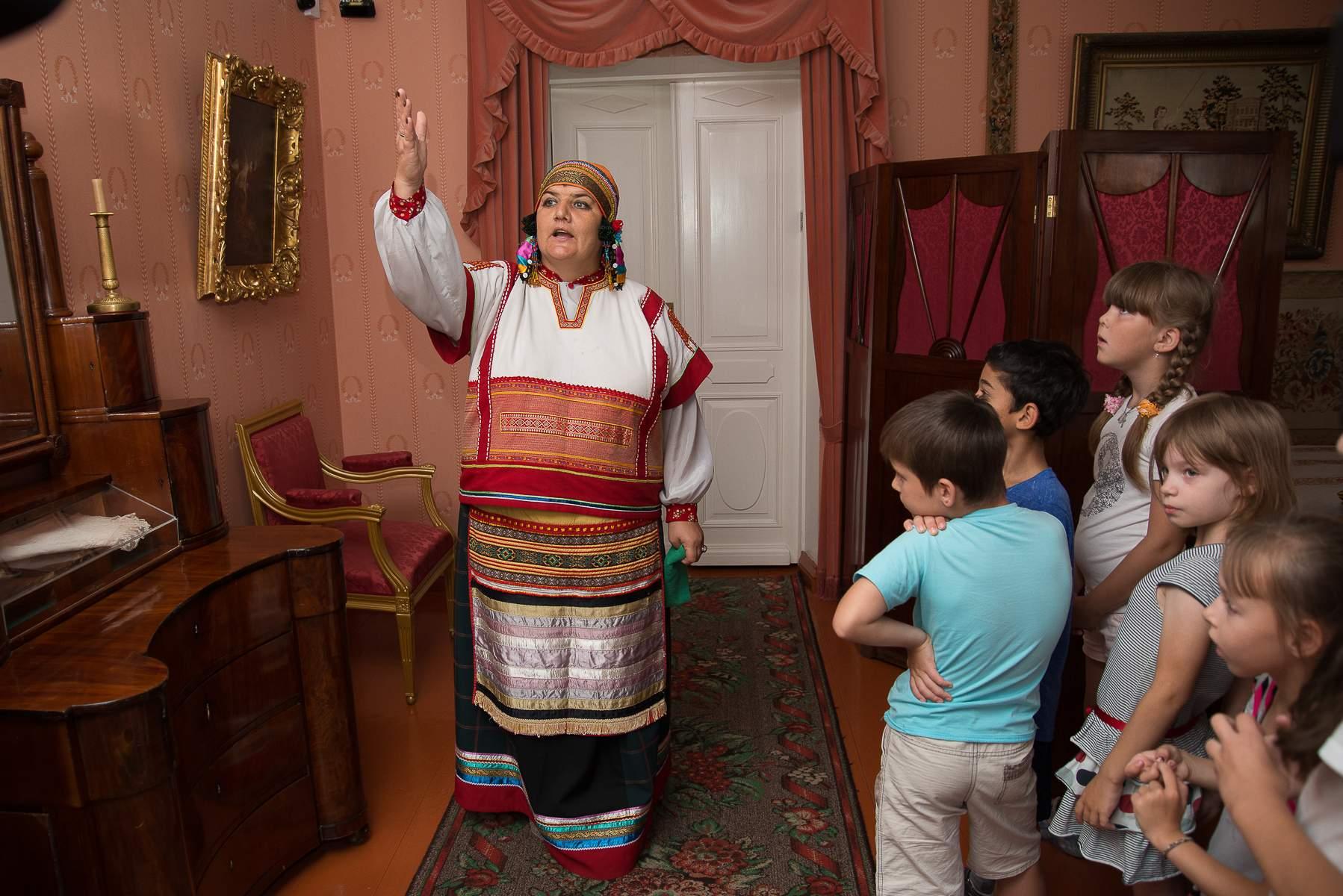 День памяти М.Ю. Лермонтова 27 июля 2019 года в музее «Тарханы». Театрализованная экскурсия для детей в барском доме