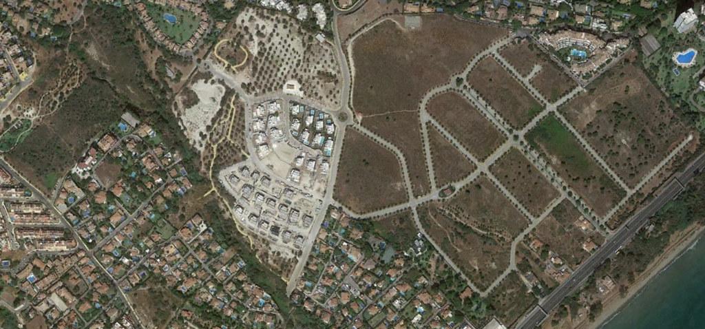 urbanización el real panorama, marbella, málaga, urbanización el real que habéis dejado, después, urbanismo, planeamiento, urbano, desastre, urbanístico, construcción, rotondas, carretera