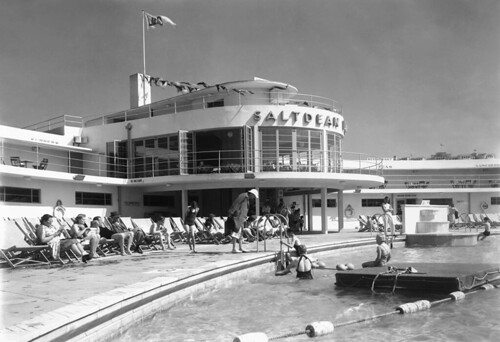 RWH Jones, Saltdean Lido, East Sussex, 1938. Photographed by John Maltby  ©John Maltby/RIBA Collections