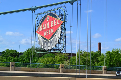 Grain Belt Beer Sign from Hennepin Avenue Bridge, Minneapolis | by mplstodd