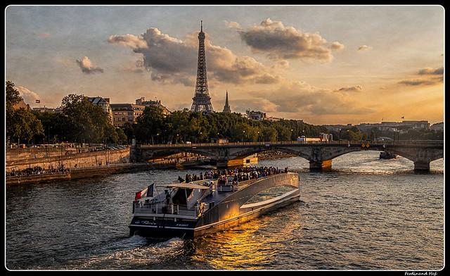Paris_Seine_Pont des Invalides