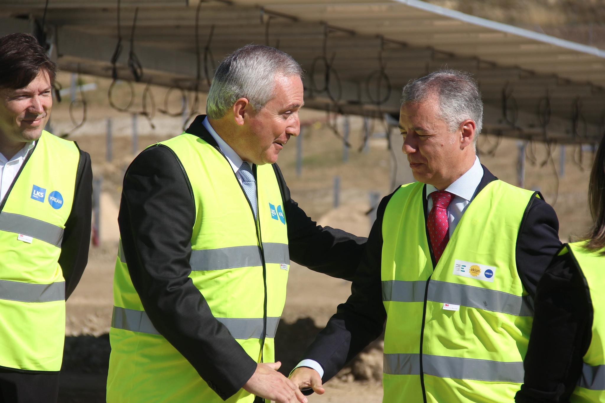 El lehendakari Iñigo Urkullu visita EKIAN, el mayor parque fotovoltaico de Euskadi