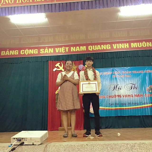 Tam Đại thi rung chuong vang