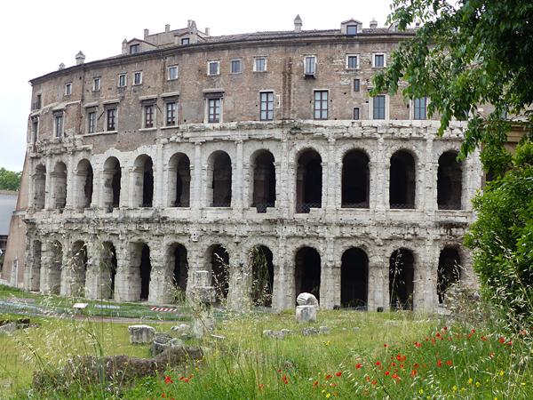 ancien théâtre et maisons