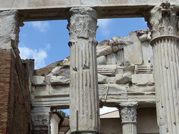 colonnes du portique d'octavie