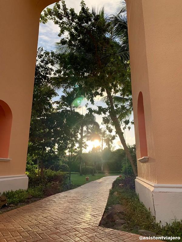 iberostar-hacienda-dominicus-exteriores_48395053171_o