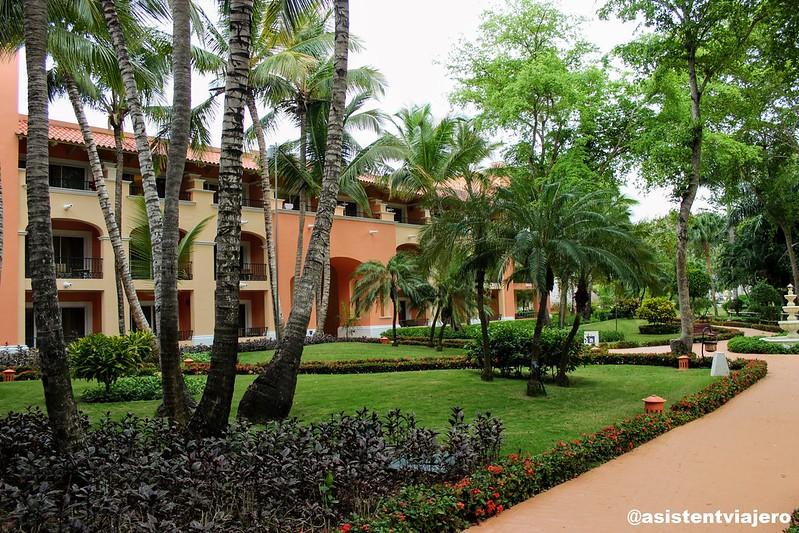 iberostar-hacienda-dominicus-exteriores_48342492487_o