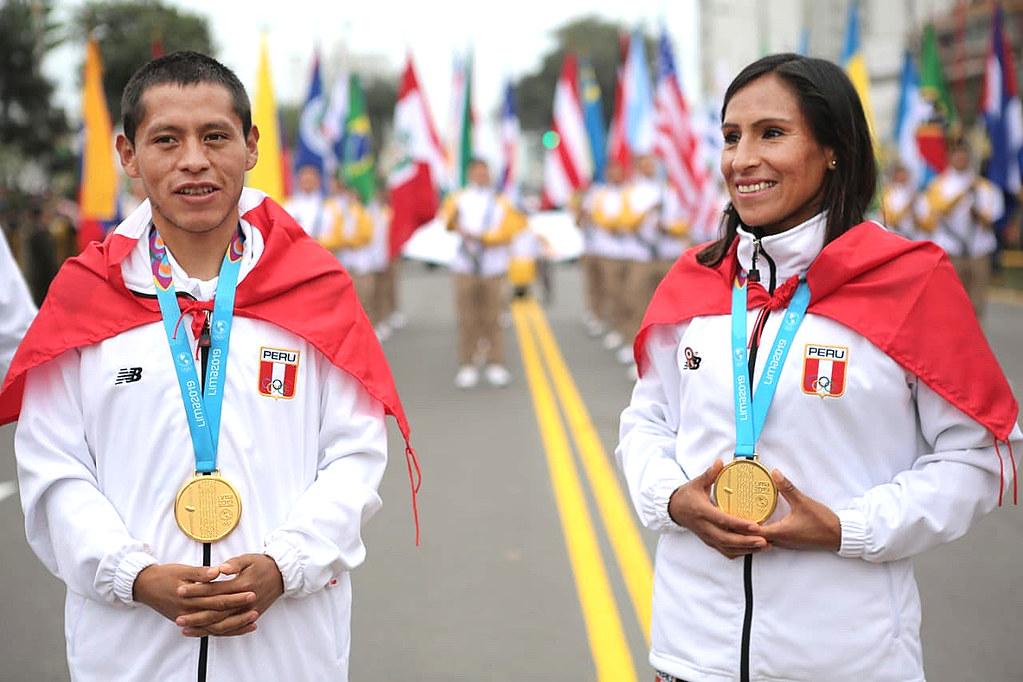 29.07.2019 Medallistas y Delegación de los Juegos Lima 2019 abren Desfile Cívico Militar