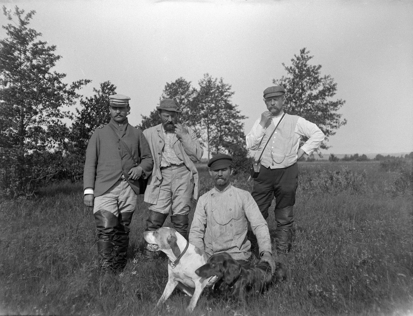 12. 1897. На полевых испытаниях собак. Химкинская станция
