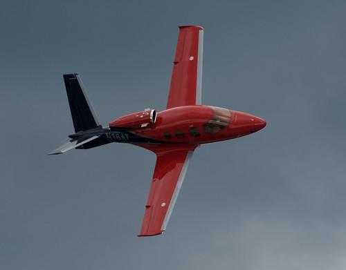 2019 Duluth Mn (DLH) Air Show CIRRUS, VISION JET. SF50   N18AT