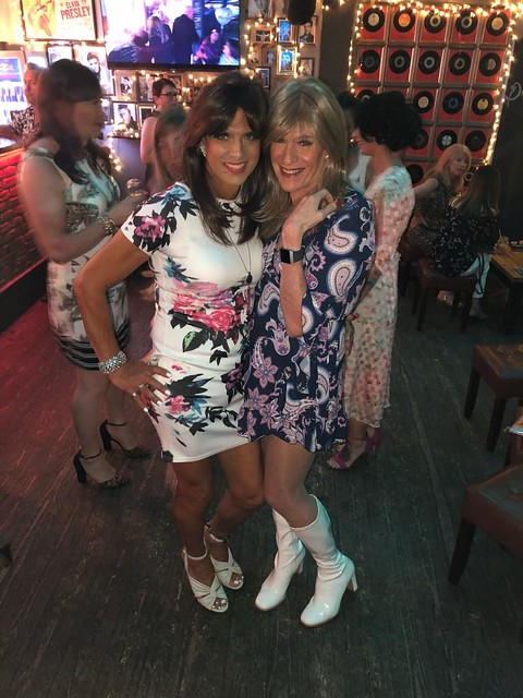 We attended a ABBA tribute act in Brighton this weekend .... hope we didn't get mistaken for Freda and Agnetha. ?