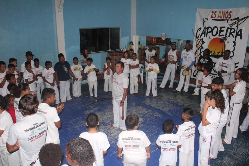 Capoeira Liberdade promove intercâmbio cultural com alunos do projeto Capoeira do Futuro (11)