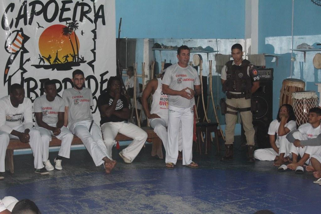 Capoeira Liberdade promove intercâmbio cultural com alunos do projeto Capoeira do Futuro (7)