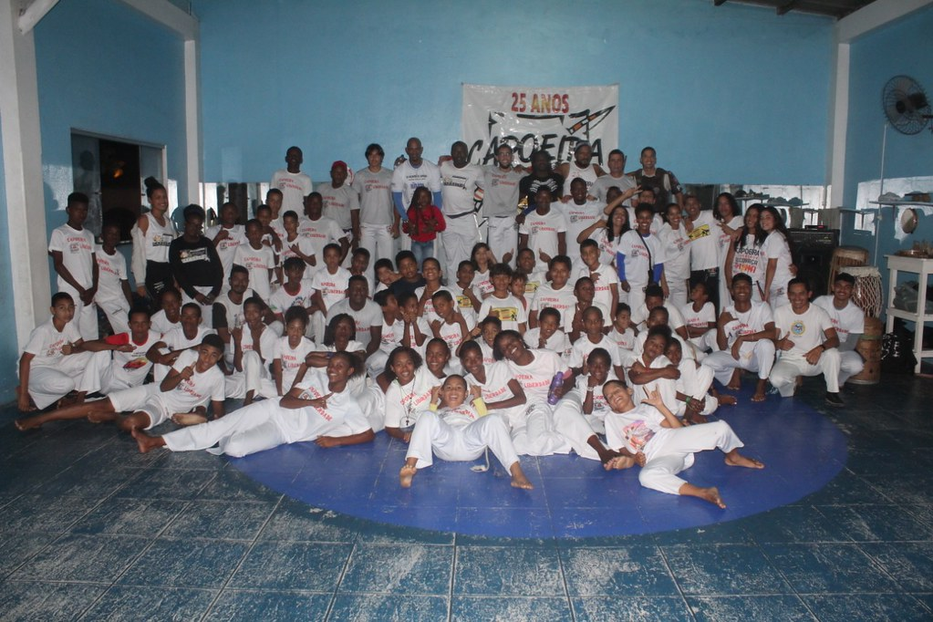 Capoeira Liberdade promove intercâmbio cultural com alunos do projeto Capoeira do Futuro (6)