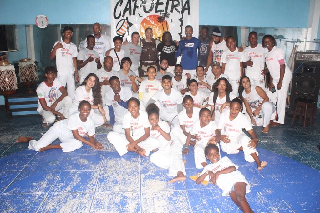 Capoeira Liberdade promove intercâmbio cultural com alunos do projeto Capoeira do Futuro (1)