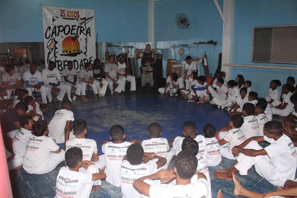 Capoeira Liberdade promove intercâmbio cultural com alunos do projeto Capoeira do Futuro (3)