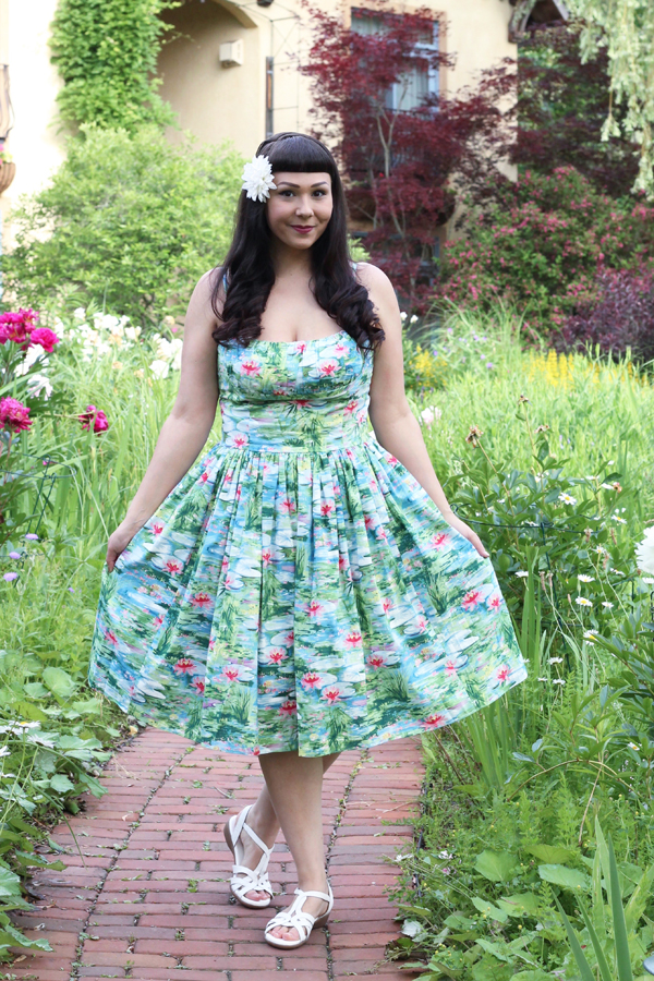vintage retro floral dress