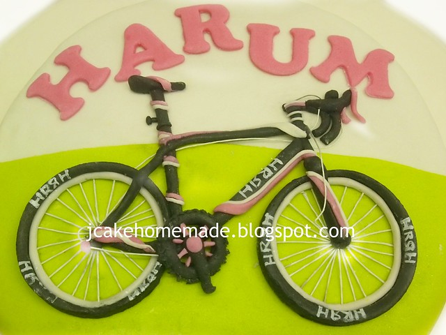 Racing Bicycle cake