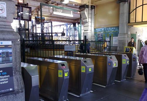 Flinders Street Station (Elizabeth Street entrance), July 2009
