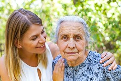 Tips for Treating Aging Adults Living with Alzheimer