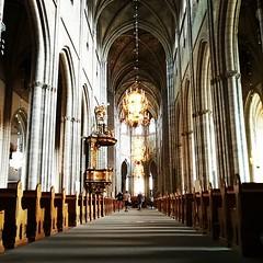 Domkyrkan i Uppsala är stoor. Både inuti och utanpå. #firsttime
