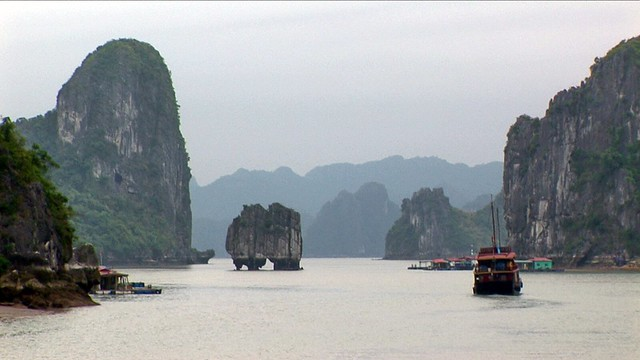 Vietnam - Hue - Halong Bay - 15