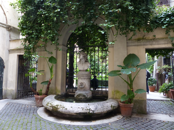 entrée jardin palazzo capponi antonelli
