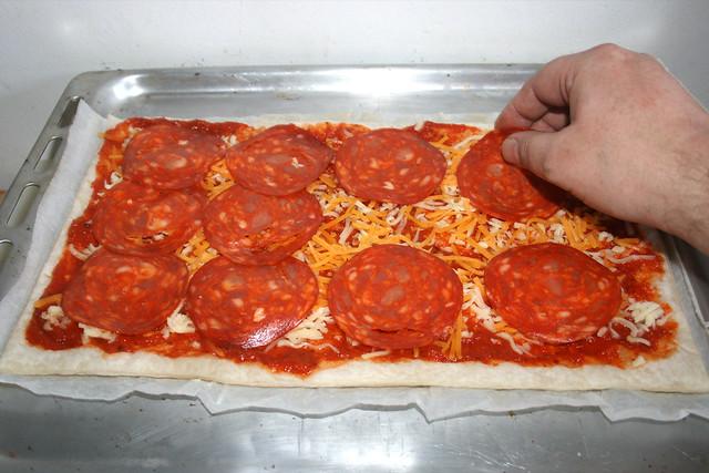 05 - Chorizo auflegen / Add chorizo