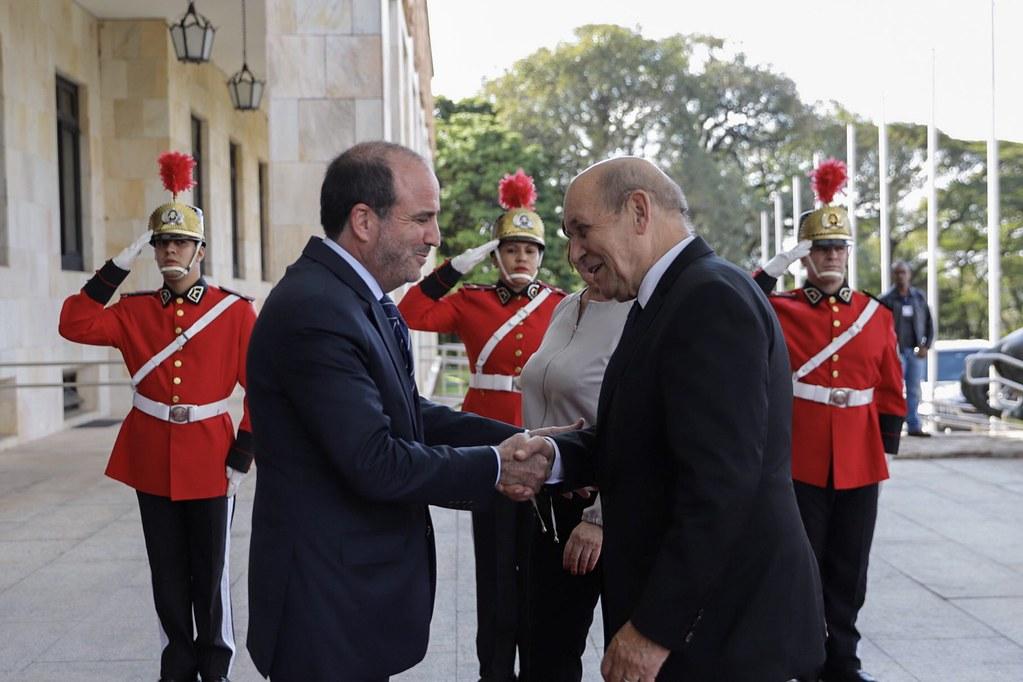 Reunião com o Ministro das Relações Exteriores da França Jean Yves Le Drian