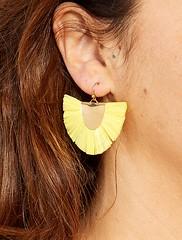 boucles-doreilles-pendantes-en-raphia-jaune-femme-xb500_1_frf1