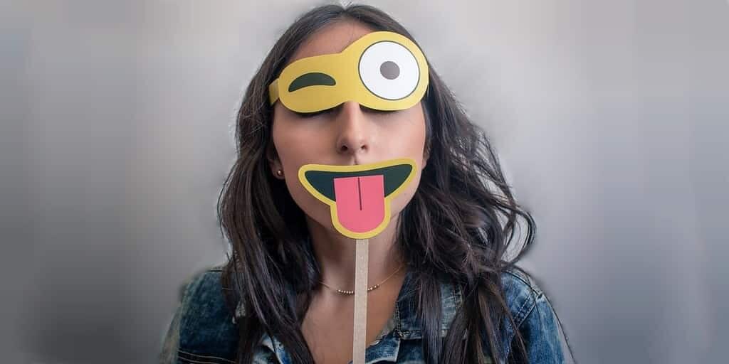 Un système informatique détecte les faux sourires