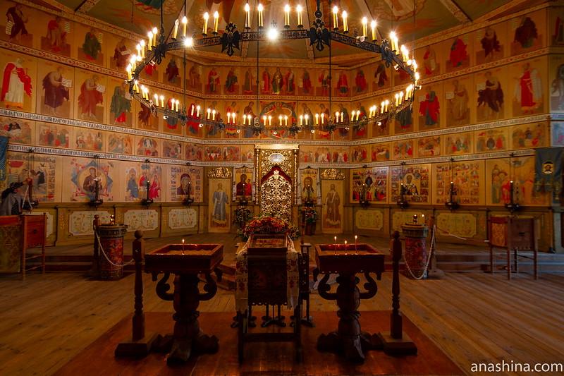 Покровская церковь в Богословке