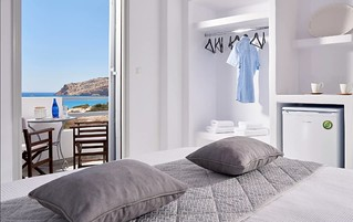 Comfort Small Double Room with Sea View Comfort Small Double Room with Sea View 48417394226 82be62faa1 n