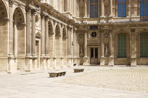 Les oubliés du Louvre ....