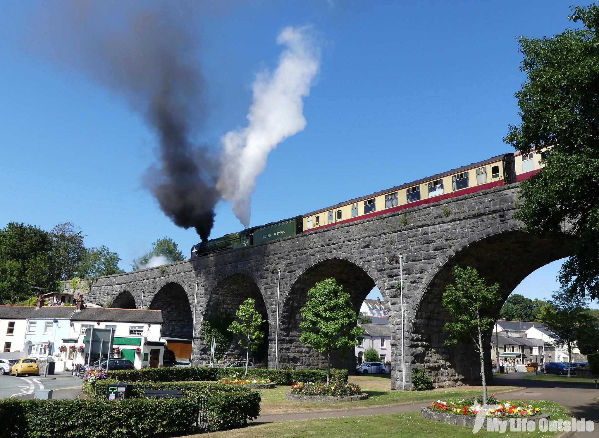 P1210464 - Pembroke Coast Express