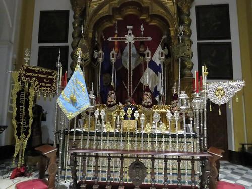 Altares de Insignias: Miércoles Santo