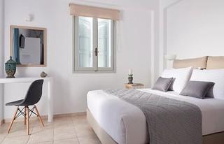 comfort Μικρό Δίκλινο Δωμάτιο με Θέα Θάλασσα Comfort Δίκλινο Δωμάτιο με πλαϊνή Θέα Θάλασσα 48417670876 736f391a5b n