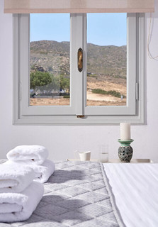 comfort Μικρό Δίκλινο Δωμάτιο με Θέα Θάλασσα Comfort Δίκλινο Δωμάτιο με πλαϊνή Θέα Θάλασσα 48417826162 2f97bd34a1 n