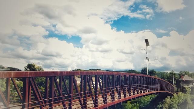 Bridge . Peace River AB , Canada